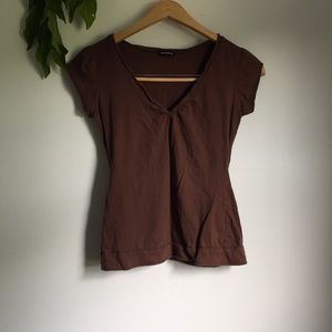Tops - Brown cap-sleeved tee with graphic on back